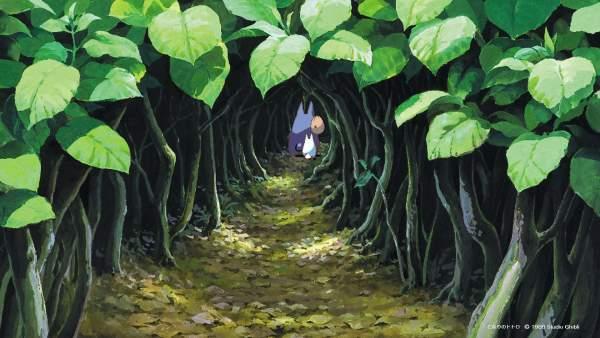 totoro1 600x338 - Top 24 ảnh nền ảo Studio Ghibli dành cho Zoom