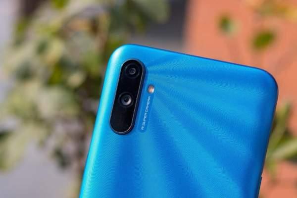 Chọn điện thoại giá rẻ có Android 10 4