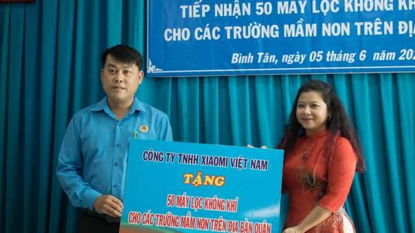 Xiaomi Việt Nam tặng 50 máy lọc không khí cho các trường mầm non tại quận Bình Tân 1