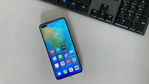 Chọn smartphone cao cấp nhỏ gọn: Galaxy S20 hay Huawei P40? 2