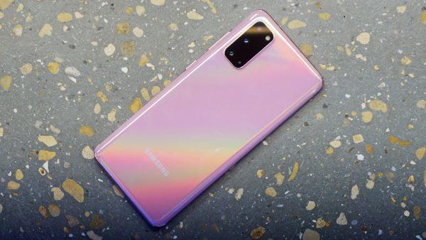 Chọn smartphone cao cấp nhỏ gọn: Galaxy S20 hay Huawei P40? 5