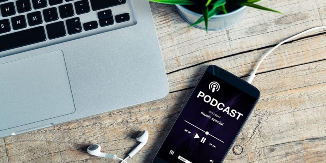 Podcast là gì?
