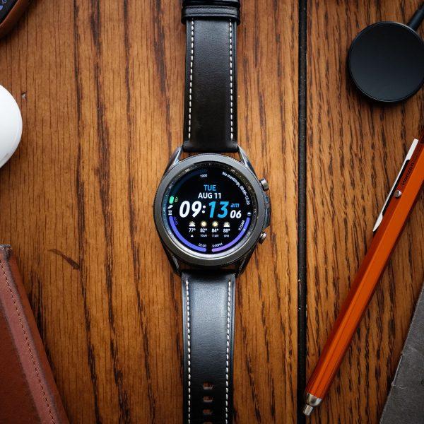 Chọn đồng hồ thông minh mới: Oppo Watch hay Samsung Galaxy Watch 3? 1
