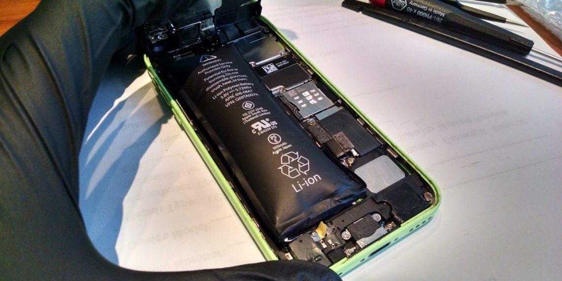 Cách đo nhiệt độ pin iPhone