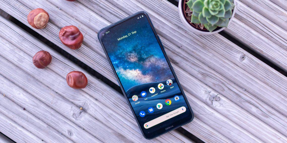 Chọn điện thoại 5G chính hãng mới: Nokia 8.3 hay Xiaomi Mi 10T Pro?