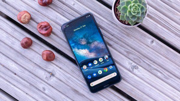 Chọn điện thoại 5G chính hãng mới: Nokia 8.3 hay Xiaomi Mi 10T Pro? 5