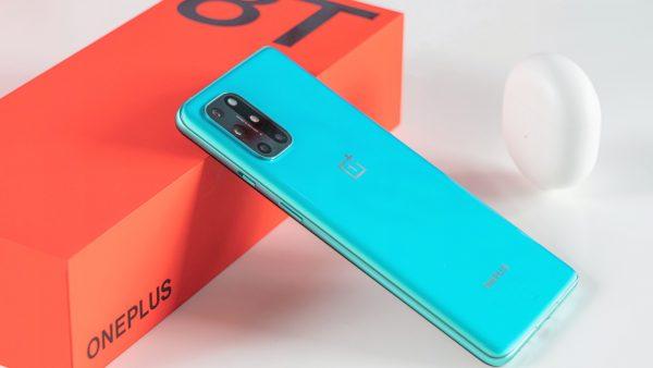 """Mở hộp OnePlus 8T 5G - Sự ấn tượng của tân """"flagship killer"""" 3"""