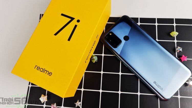 Trên tay Realme 7i