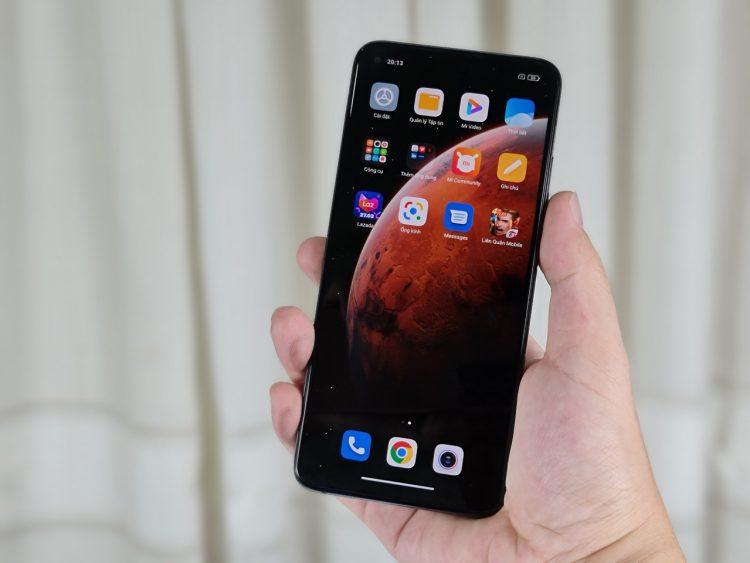 Trên tay Xiaomi Mi 10T Pro tại Việt Nam