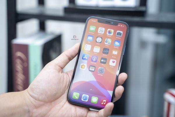 iPhone 12 Pro Max giảm 5,4 triệu, iPhone Xs chỉ còn 10,59 triệu đồng 8