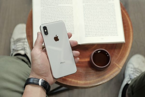 Top 6 iPhone đáng mua nhất dành cho phái nữ dịp 8/3