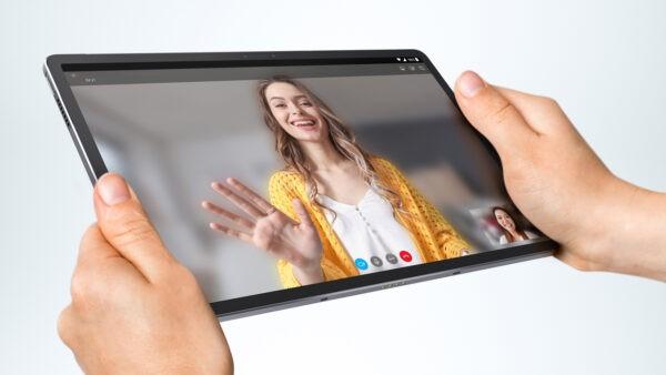 Lenovo ra mắt máy tính bảng Premium Tab P11 Pro giá 14.590.000 đồng