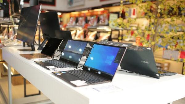 """FPT Shop được vinh danh """"nhà bán lẻ tăng trưởng tốt nhất"""" của Dell, HP và Lenovo"""
