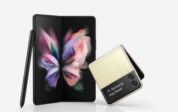 Galaxy Z Fold3 và Z Flip3 chính thức ra mắt, khách đặt gạch hôm nay nhận bộ quà đến 7 triệu đồng